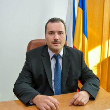 Viceprimarul  Oneștiului, Ionuț Hozoi candidează pentru locul 2 la Senatul României din partea Partidului PRO România