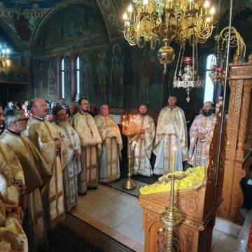 Sfântul  Nectarie a fost sărbătorit în  Parohia  Pârjol