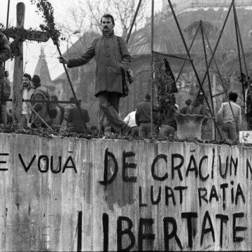 SCURTĂ ISTORIE A  EVENIMENTELOR  DIN  DECEMBRIE  1989