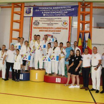 Performanțe sportive obținute de către elevii Școlii Naționale de Pregătire a Agenților de Penitenciare Târgu Ocna la cea de-a III-a ediție  a Cupei României HAND TO HAND FIGHTING